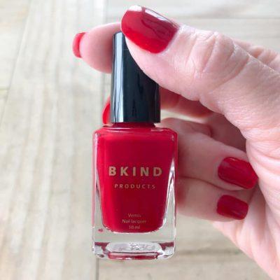 Le vernis à ongles non toxique de BKIND